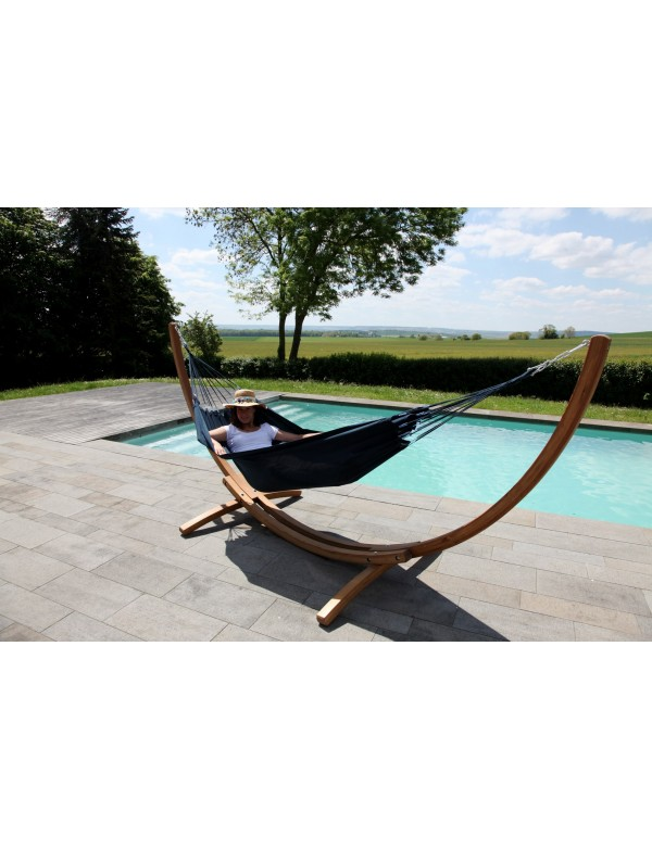 eKlipse set - wood stand with a navy blue traditional hammock